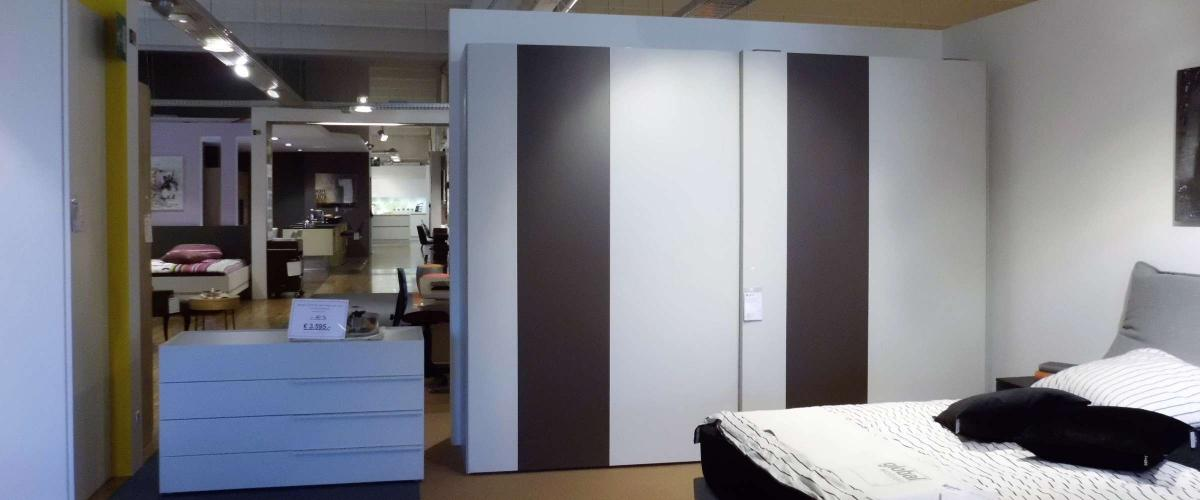kleiderschrank und kommode contur 0400 angebote. Black Bedroom Furniture Sets. Home Design Ideas