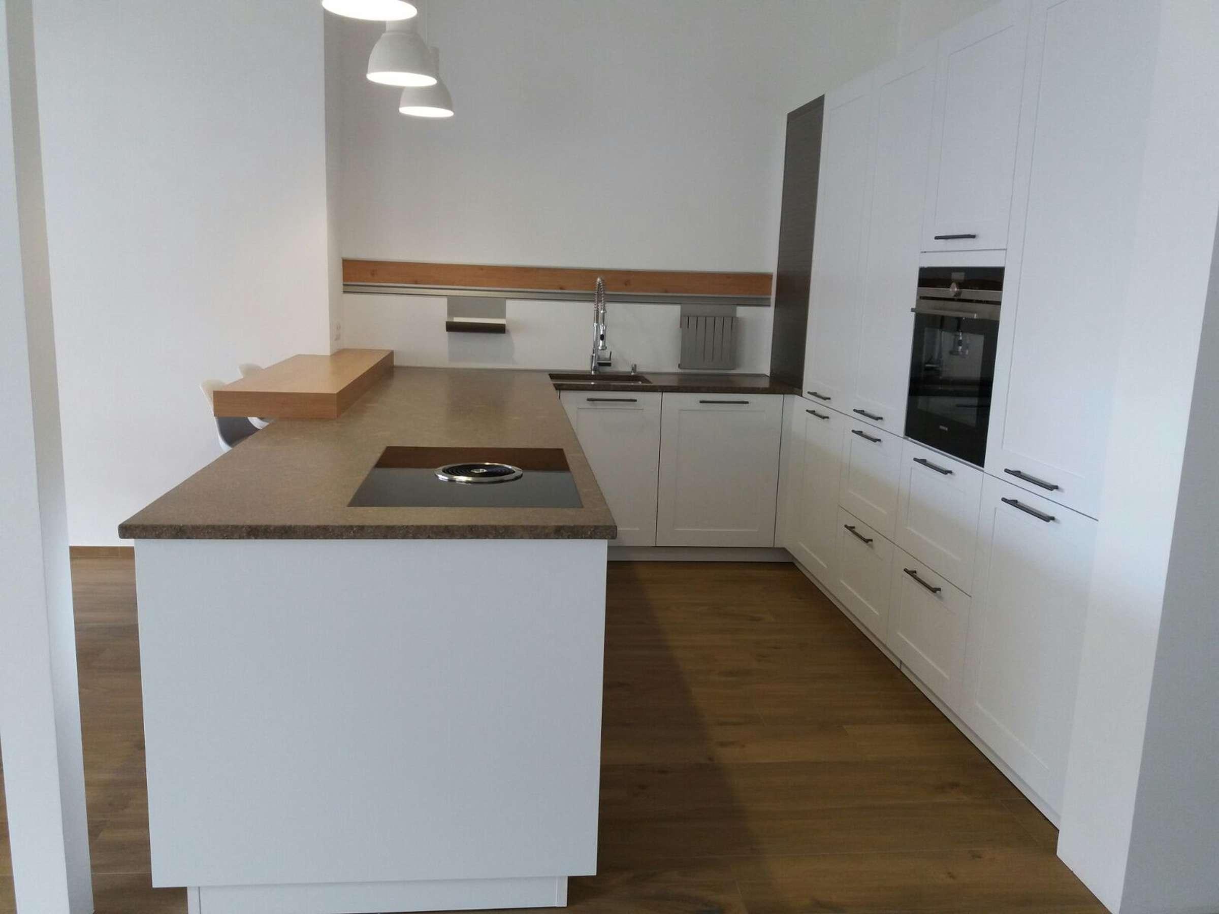 Stunning Häcker Küchen Ausstellung Photos - Farbideen fürs ...